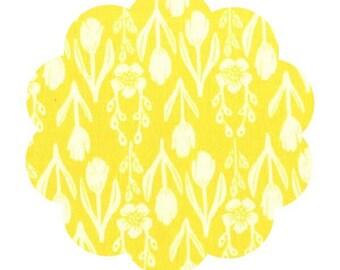 Tulip cotton fabric. Yellow Tulip print fabric. Tulip print Apparel/ quilt cotton fabric. DIY sewing cotton fabric. Spring floral fabric.