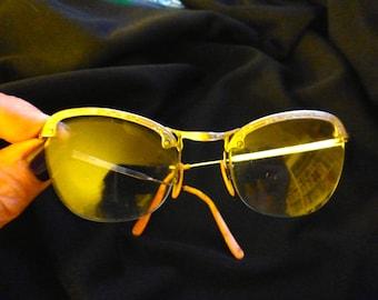 Vintage Ladies Eye Glasses