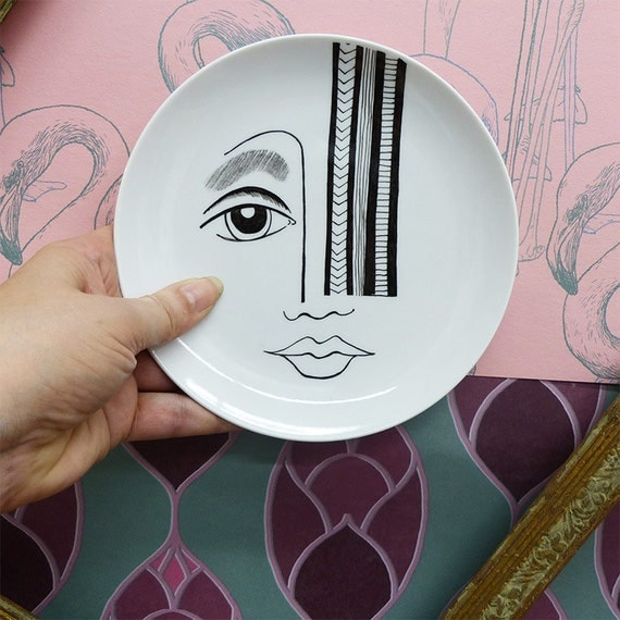 Hand-painted porcelain cake plate  - Avrisage