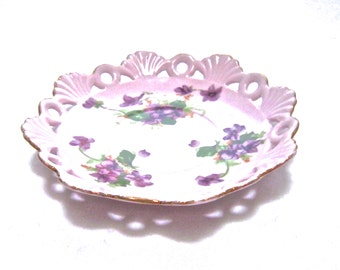 USA ONLY SHIPPING Saji Japanese pink reticulated china saucer1900 1940s purple violets& green leaves red crown mark