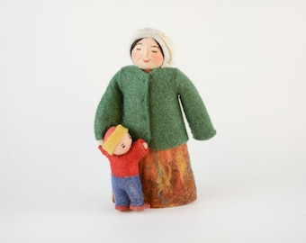 Felt Motherhood Doll, Mom and Child Doll, Mother and Child Doll, Mother's Day Decoration, Kyrgyz doll, Kyrgyz Felt, Kyrgyz Woman Doll