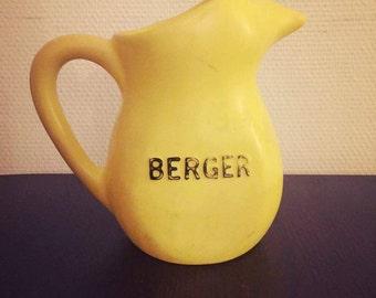 Pitcher Berger 70s - Vintage yellow plastic