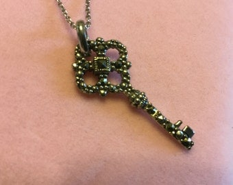 """18"""" Sterling Silver Key Charm Necklace"""