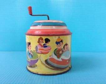 Vintage tin musicbox