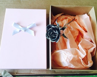 Mothers Day Rose Endearment Gift