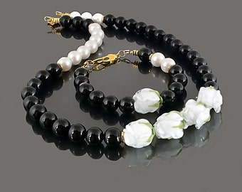 White roses lampwork necklace and bracelet set/ Lampwork set of necklace