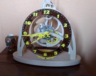 pendulum skeleton wooden gear epicycloidal: Brown Plexi