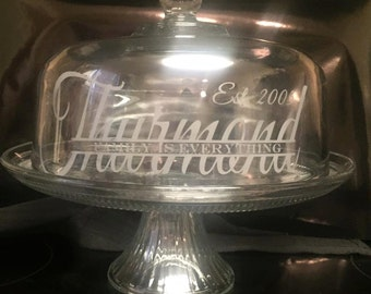 Custom/personalized glass cake dome stand - split monogram with family quote