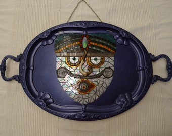 Blue mask on tray