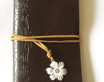 Leather faux daisy charm journal jotter notebook plain paper