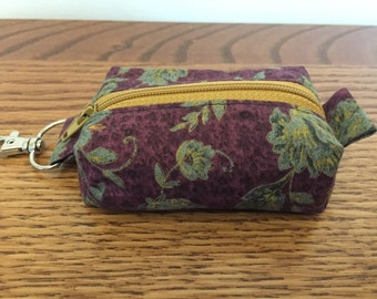 Key ring/change purse - Burgundy floral