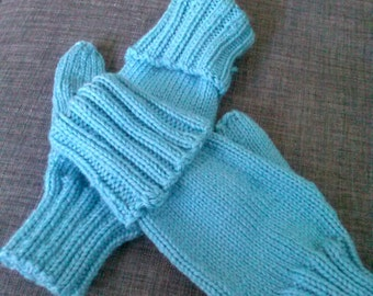 Fingerless gloves knitted