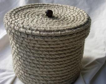 Handmade natural rope storage basket with lid, crocheted basket