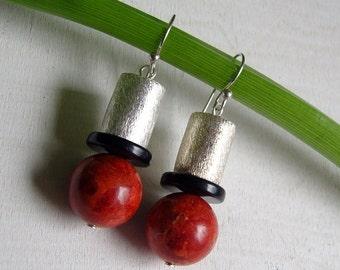 Earrings - Tönnchen - coral - 925 Silver