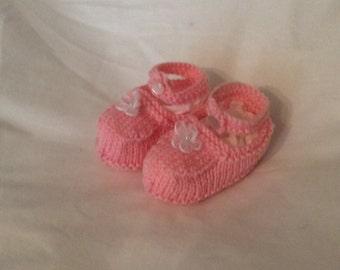 Little pink mary jane baby booties
