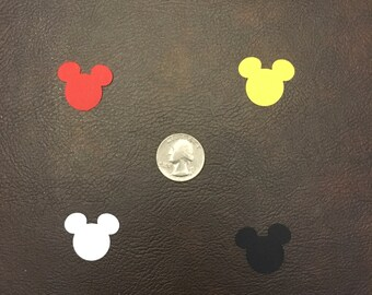 600 Piece Mickey Mouse confetti 300 large & 300 small 4 colors