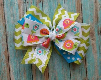 Cute turtle pinwheel bow, hair clip