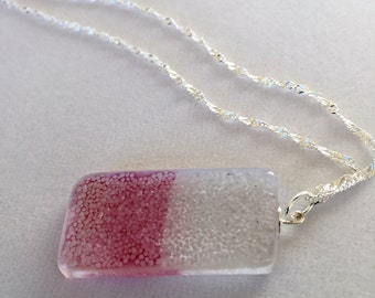 Necklace glass recycled, made entirely by hand. Made in Québec.