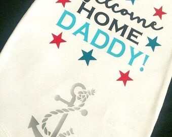 Welcome home daddy, military outfit, military welcome home outfit, daddy comes home, military coming home