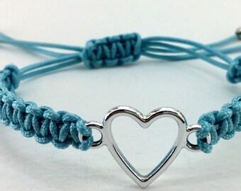 "Macrame bracelet ""heart"""