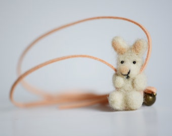 Animal buddies, rabbit, necklace, felted