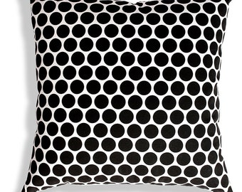 Spots cushion cover