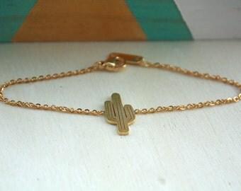 Bracelet Cactus en métal Doré et argenté | Bijou tropical | Très jolie idée cadeau pour fille | A porter pour noel et anniversaire