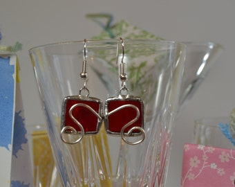 Earrings of glass and Tin. Square Red