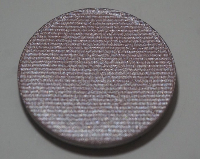 Frozen Castle highlighter  - Cool toned silvery lilac base with pink/blue multichrome