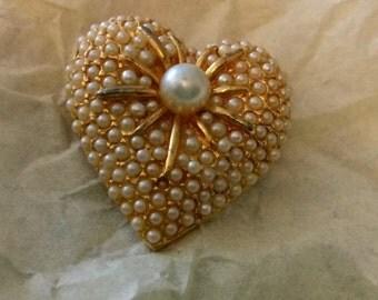 Fabulous faux seed pearl heart brooch