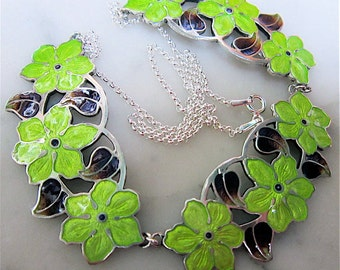 Stunning Art Nouveau Style Sterling Silver & Enamel Flower Necklace