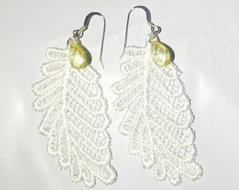 Lucinda Lace earring in 925 sterling silver