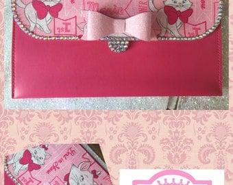Marie iPad case/wallet