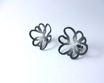 Earrings of 925 / - sterling silver blacked out