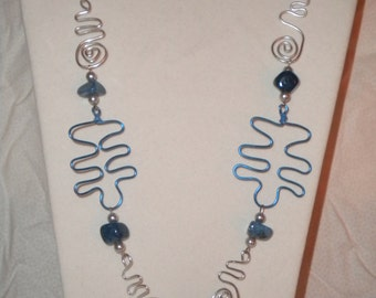 Blue and silver wire necklace