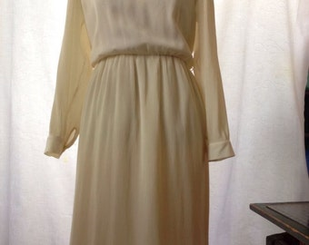 Vintage, Cream, Tiny Pleats, Dress Size 10 or Size 12 1960's 1970's