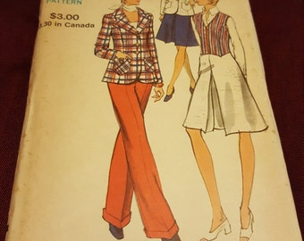 1970 Vintage Vogue #8232 size 14 New