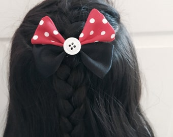 Minnie Mouse inspired hair bow with button