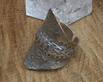 Vintage Style Sterling Silver Thai Ring