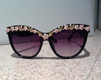 Sunglasses with Pink Roses and Gold Trim