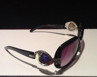 Black Sunglasses with a Swarovski Crystal