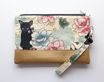 clutch with wrist strap, with Japanese-style cats