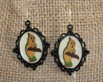 Vintage style Halloween ghost/bat earrings