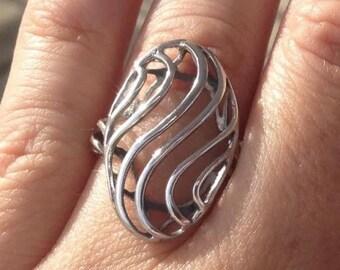 925 Sterling Silver Swirl Ring