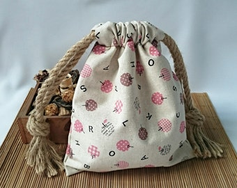 Vintage Linen Drawstring Pouch / Small Gift Bag
