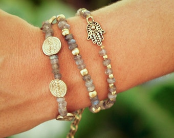 Hamsa Bracelet with Labradorite Crystals // Bridesmaid Bracelet // Bridesmaid Gift // Gift For Her // Woman Bracelet