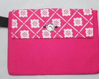 Pink Print Pocket Puoch