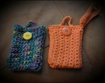 Crochet Phone wristlet