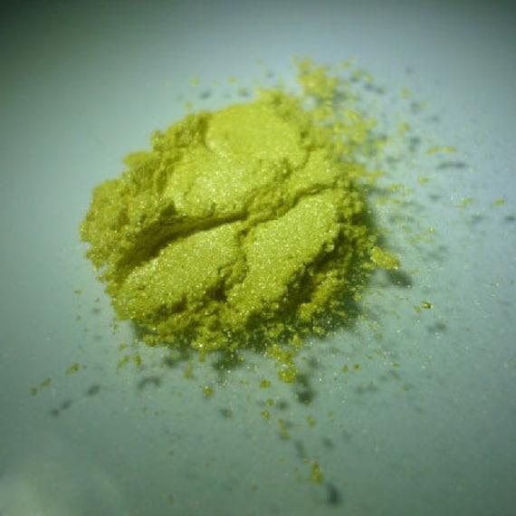 Dark Yellow Pearlescent Pigments