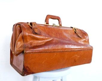 Large antique doctor bag travel bag doctor bag leather, vintage bag, doctor bag